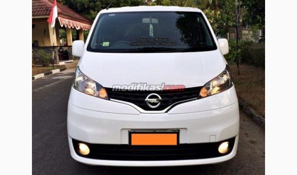 2012 Nissan Evalia Xv White AT Low Km