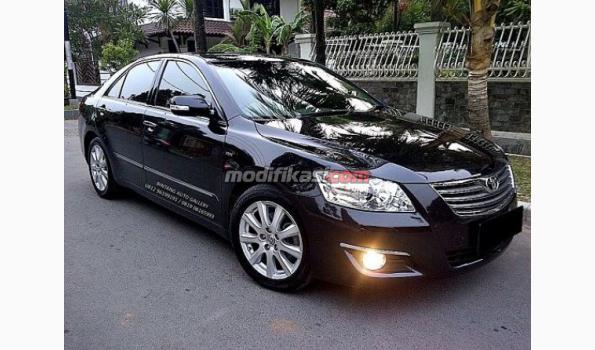 2008 toyota camry v at low km. Black Bedroom Furniture Sets. Home Design Ideas