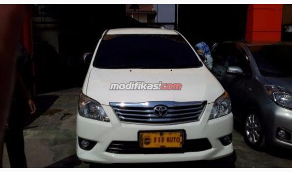2012 Toyota Kijang Innova 2.5 G AT Diesel Putih