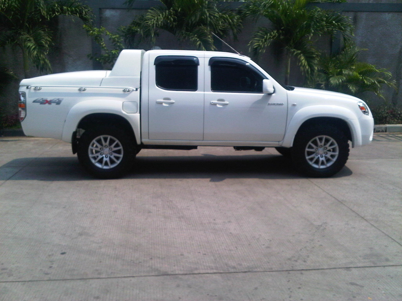 ford ranger full modifikasi with 348219 Fs Mazda Bt 50 Kembaran Ford Ranger Double Cabin Full Variasi Macho Dan Gagah on Page4 moreover Sticker Pick Up Full Body moreover 58483 WTS 4x4 Bullbar likewise Page4 in addition Ford Mustang From Need For Speed Headed To Barrett Jackson.