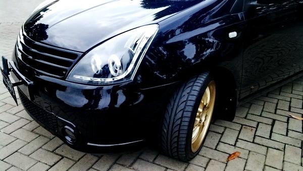 """Nissan Official Site >> Velg 17 """" Gold Celong + Ban 205/45/17 Merk Acchiless"""