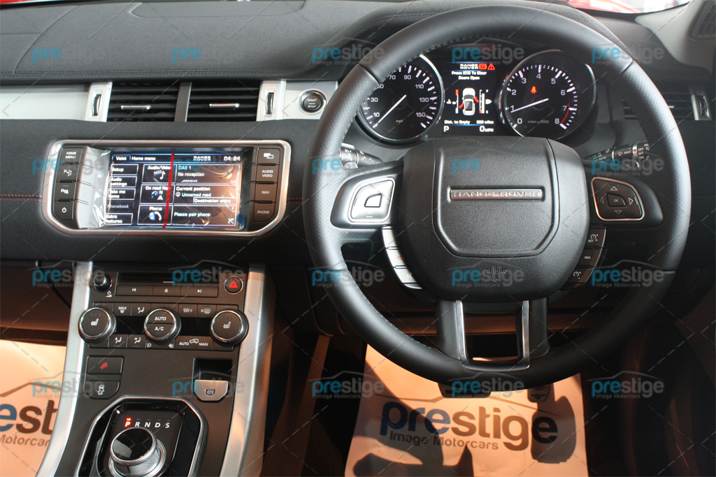 Range Rover Evoque Si 4 White On Red 2013