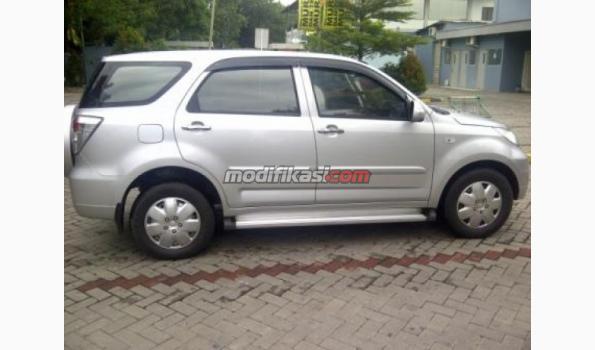 Daihatsu Terios Ts Extra Matic Mei 2012