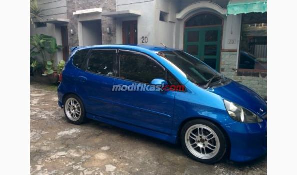 Honda Jazz Idsi A T 2004 Upgrade Model 2007 Vtec Mmc Mulus