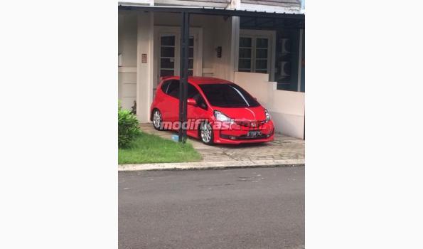 6500 Gambar Mobil Honda Jazz Rs Merah Gratis