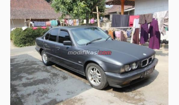 Bmw Seri 5 530i E34 M60 V8 Tahun 1994 M T Masih Orisinil
