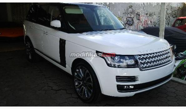 harga land rover vogue 2014 with 28081 on Img4 besides 28081 together with 4485954 likewise Land Rover Range 2014 Hitam moreover 2.