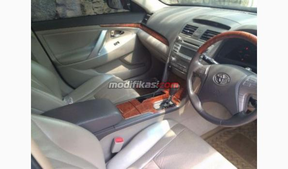 2008 toyota camry v at hitam asuransi all risk. Black Bedroom Furniture Sets. Home Design Ideas