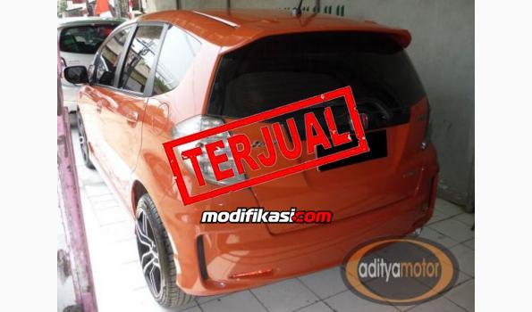 2014 Honda Jazz Rs Automatic Orange Metalik