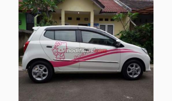 40 Gambar Modifikasi Mobil Agya Warna Putih HD Terbaru