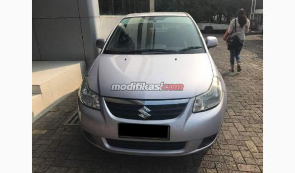 2008 Suzuki Neo Baleno AT Silver Dp10.5 Grees Kaya Baru