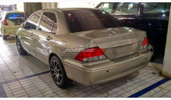 2003 Mitsubishi Lancer Se Metic Tgn 1 Dr Br