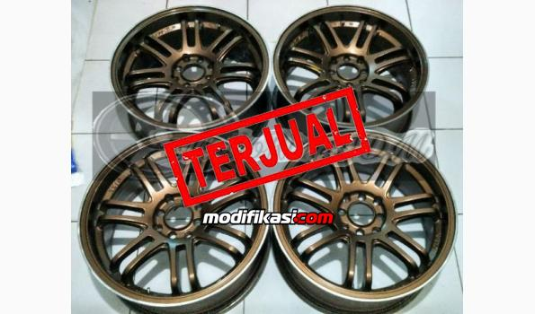 Velg Rays Volk Racing Re30 R17 Lebar 75 Ringan Banget