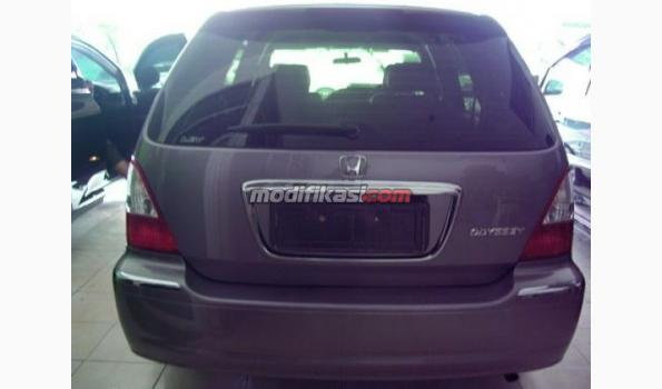 2002 Honda Odyssey 2.4 L Aussie AT Silver Murah