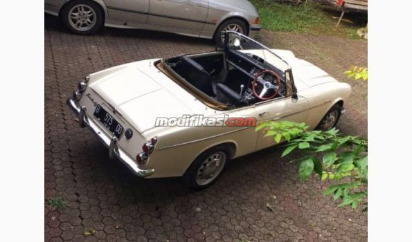 1966 Nissan Datsun Fairlady Sp311 Cabriolet Roadster White