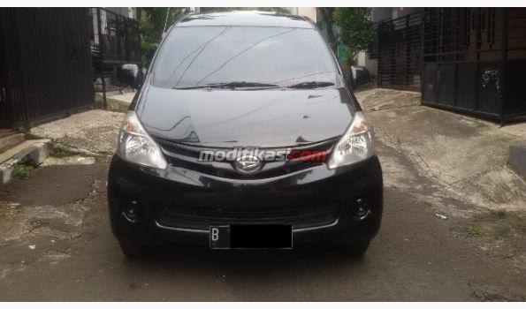 2013 Daihatsu Xenia M 1000cc 2013 Manual Warna Hitam
