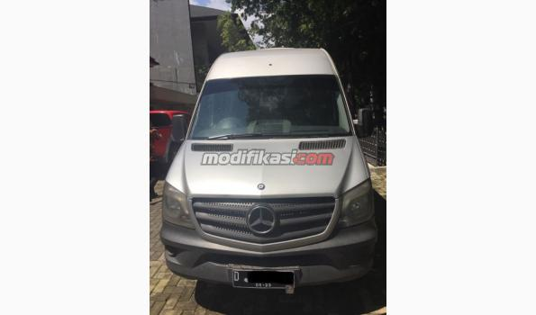 Mercedes Benz A3 Service - Kacper Roy